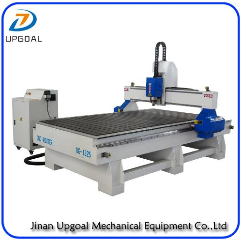 5.5KW 4*8 Feet Wood CNC Cutting Machine with DSP Offline Control