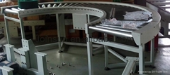 Gravity roller bending conveyor