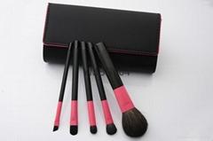 5 pieces makeup brush set with a cloth bag
