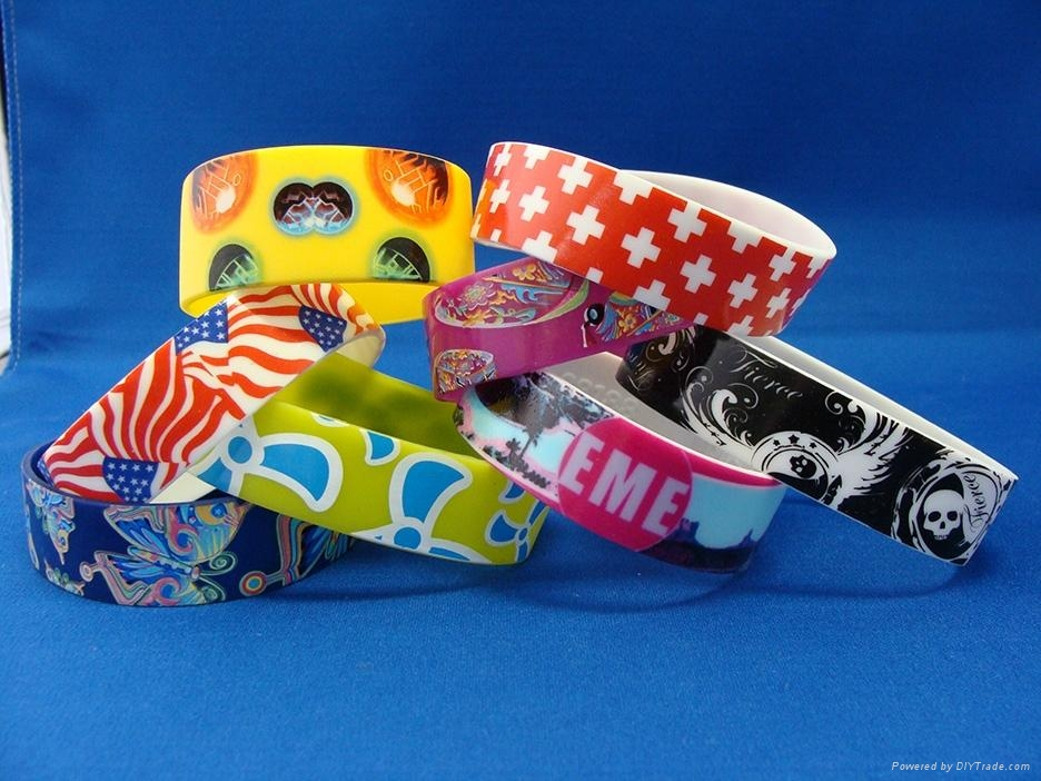 Custom Personalized Rubber Silicone Bracelets Wholesale Bands 1