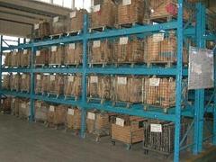 Shelf storage cage