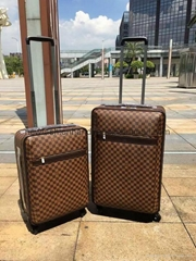 2017 louis vuitton Bag design travel bags  LV cases LV luggages bags  luggage