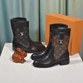 high quality Platform Desert Women Boot  fashion boots lv gold buckle boot