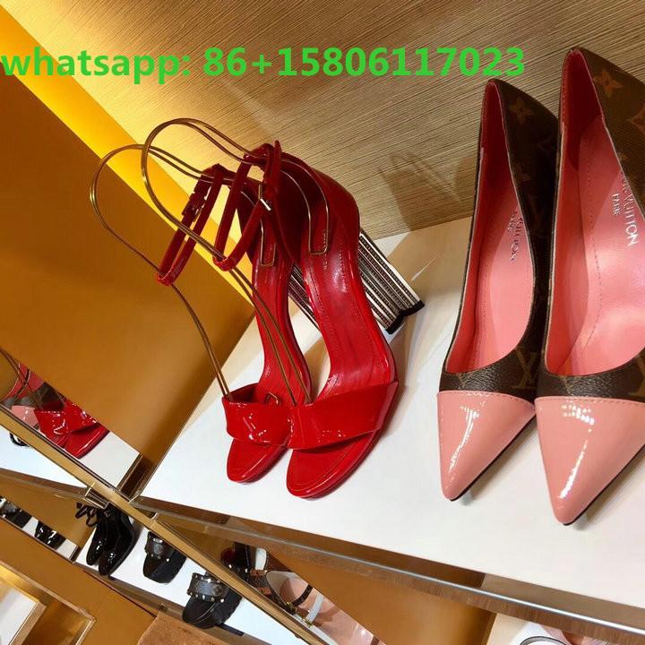 Top LV Sandals LV Slippers Women Louis Vuitton Sneaker Men LV shoes