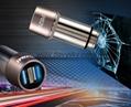 2.4A 双 USB 不锈钢车载充电适配器带逃生锤功能 4
