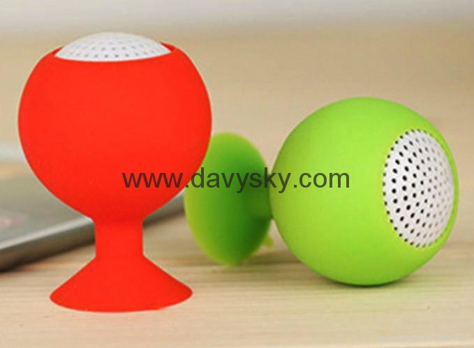 GOLF Ball Bluetooth Speaker with Sucker 5