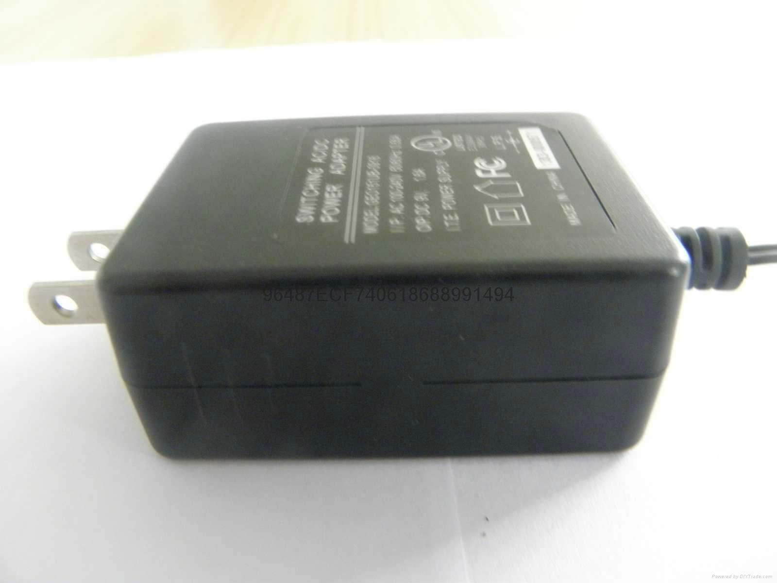 電源適配器  1