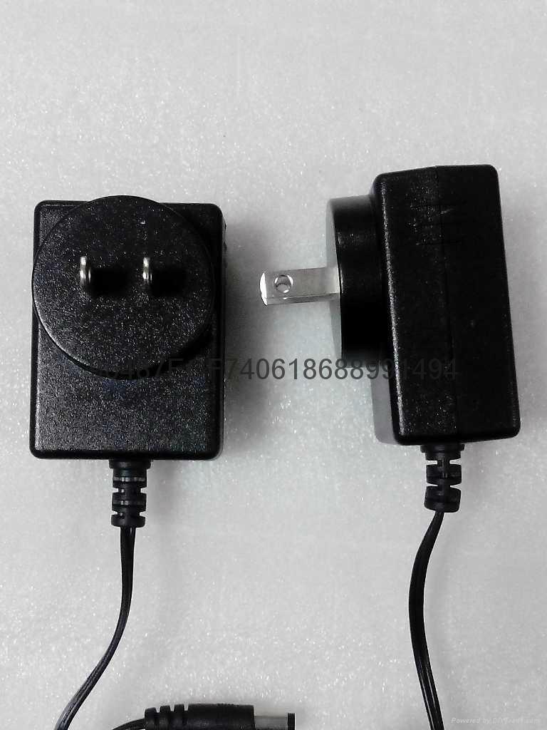 18W插牆式電源適配器  1