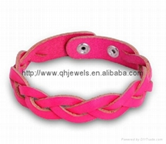 China manufacturer pink genuine braided leather bracelet