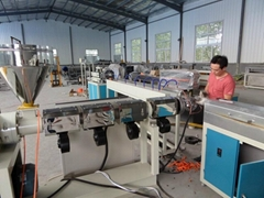 PVC Fiber Reinforced Soft Pipe/Garden Hose Production Line
