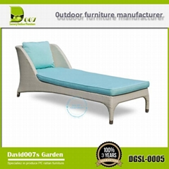 Outdoor rattan furniture set antique chaise lounge chair