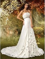 A-line Strapless Court Train Chiffon Wedding Dress (635884)