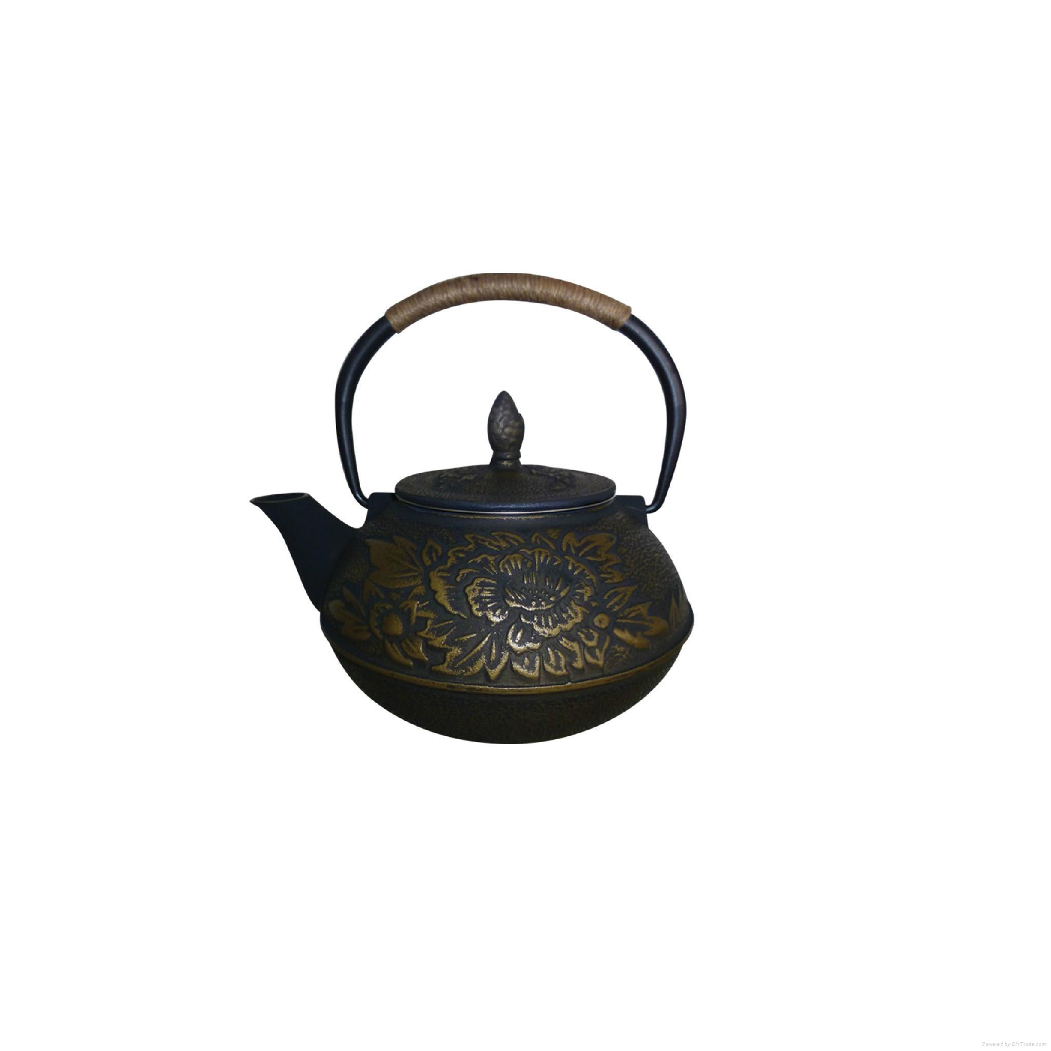 Antique Cast Iron Teapot 1