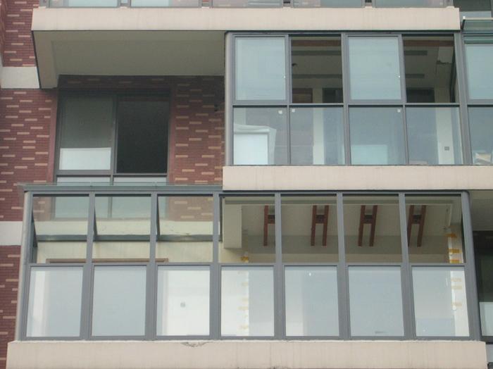 大连YKK门窗 1