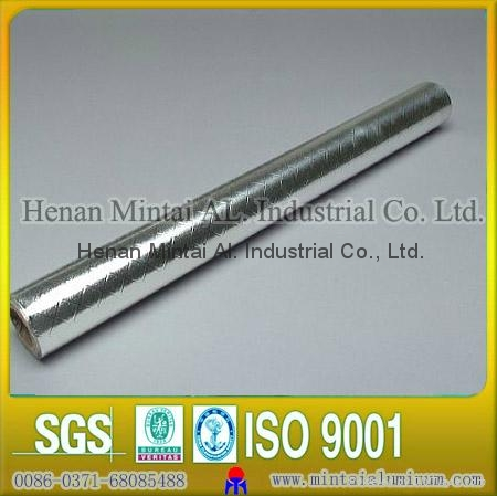 Harmless silvery aluminium foil seals for bottle 1