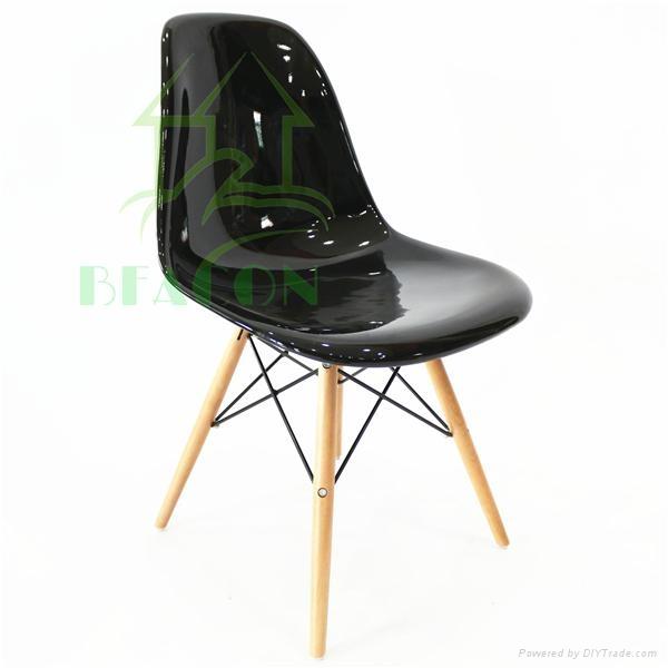 Fiberglass DSW Chair 1