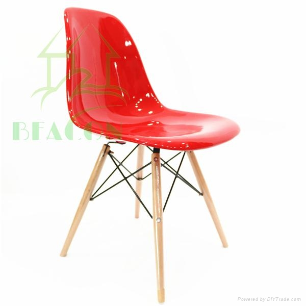 Fiberglass DSW Chair 2