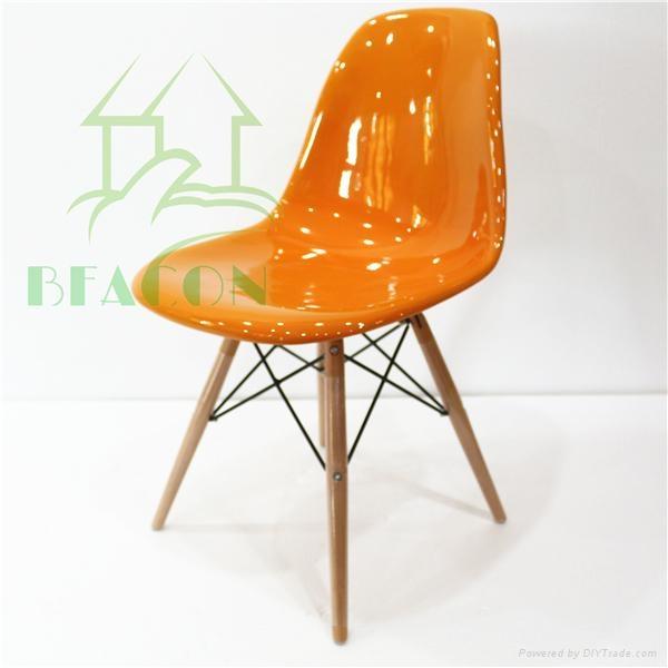 Fiberglass DSW Chair 4