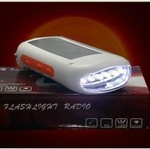 Solar Charger Flashlight Radio triple 1