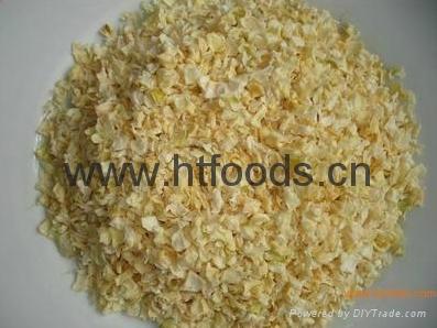 dehydrated onion granules 1