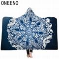 ONEENO geometric desings hooded blanket