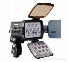 COMER LED ON-CAMERA LIGHT