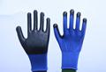 13针涤纶蓝纱黑斑马纹丁腈手套