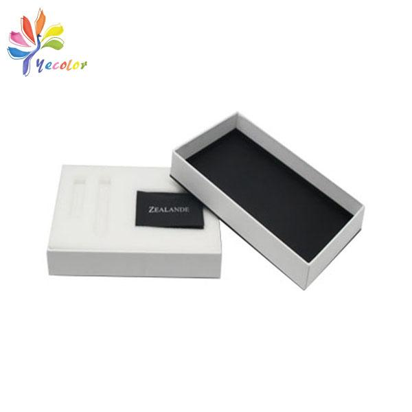 Customized white watches package with logo  1