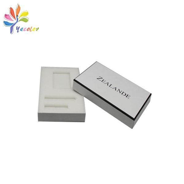 Customized white watches package with logo  4