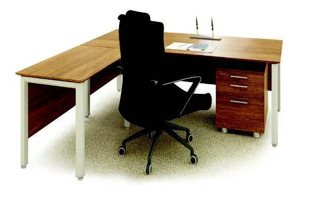 Desk Set 1
