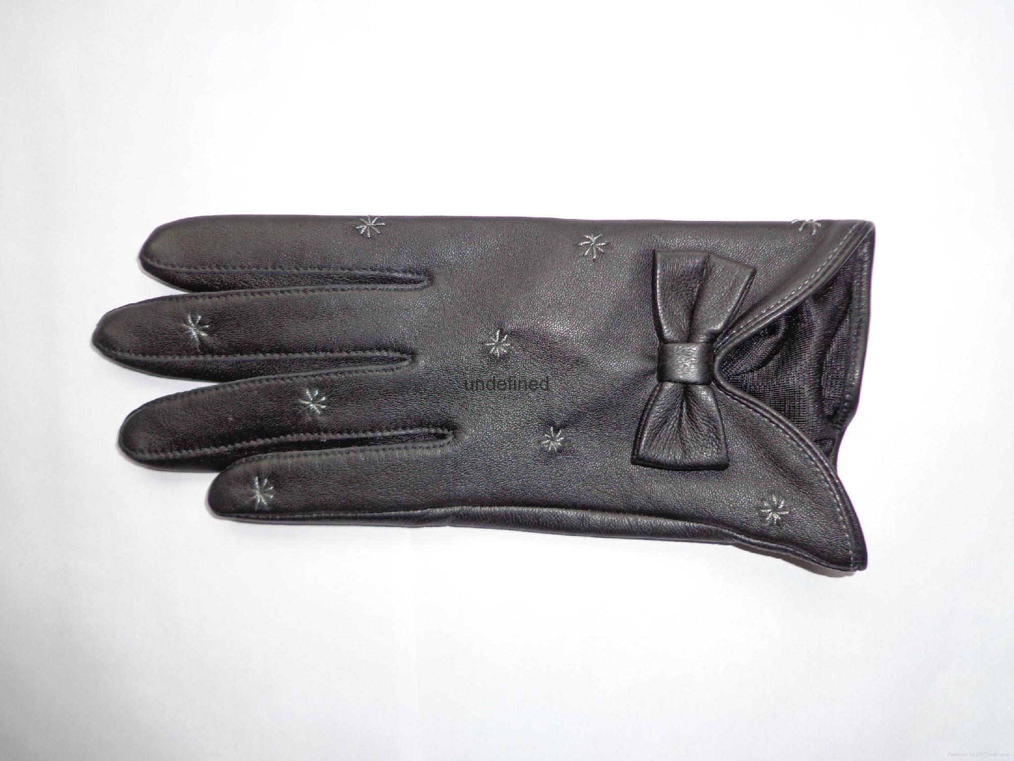 供應時尚保暖皮手套 1