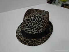 供應冬季時裝禮帽