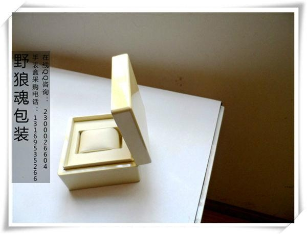 米黄色亮光表盒 4