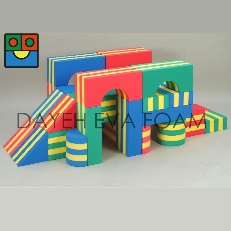 Jumbo stripe eva foam building block 20cm 34piece taiwan for Foam building blocks for houses