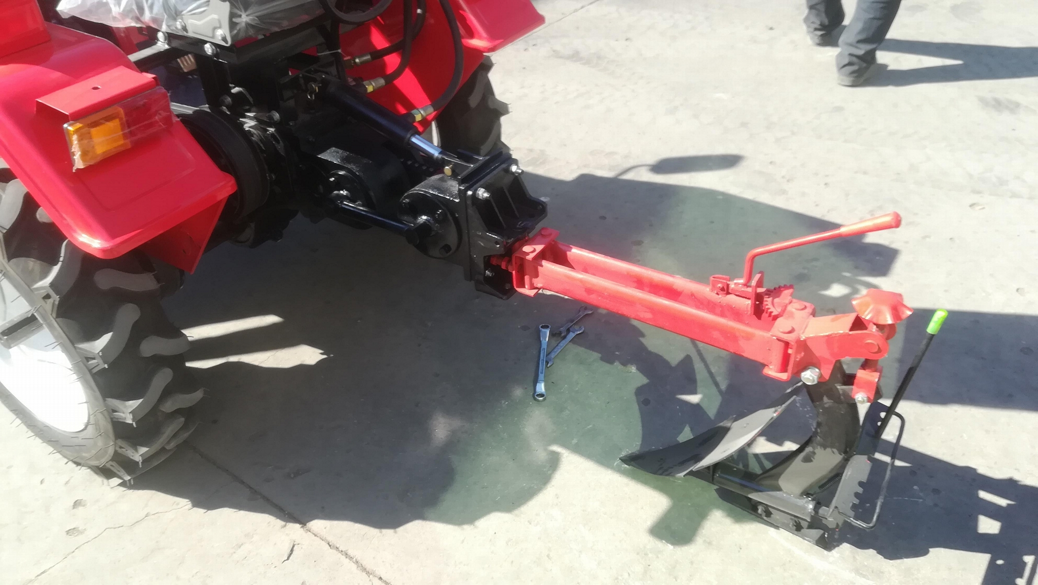 mini four wheel tractor,12/15hp 8