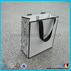 服飾購物紙袋