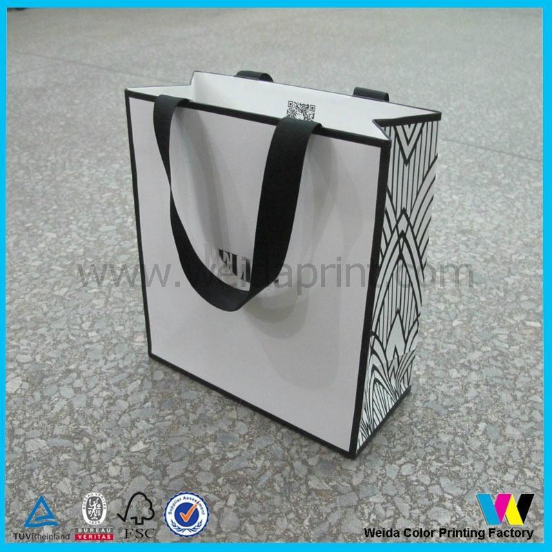 服飾購物紙袋 3