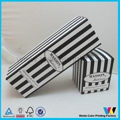 黑白条纹手动扣底包装纸盒