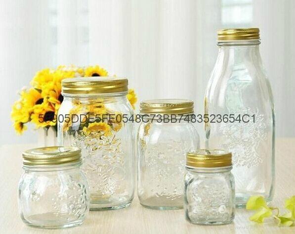 雕花玻璃瓶 2