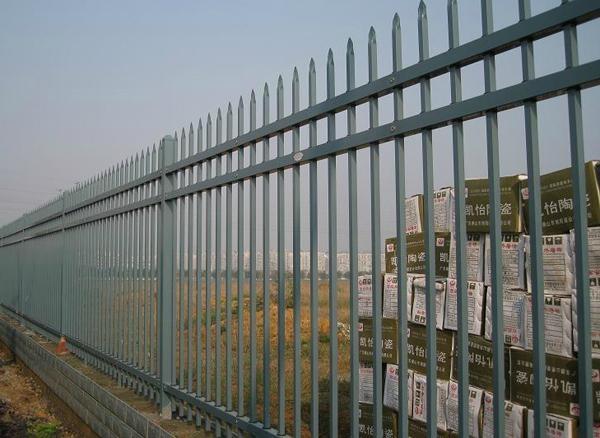 批发定做各种规格铁艺围栏 1