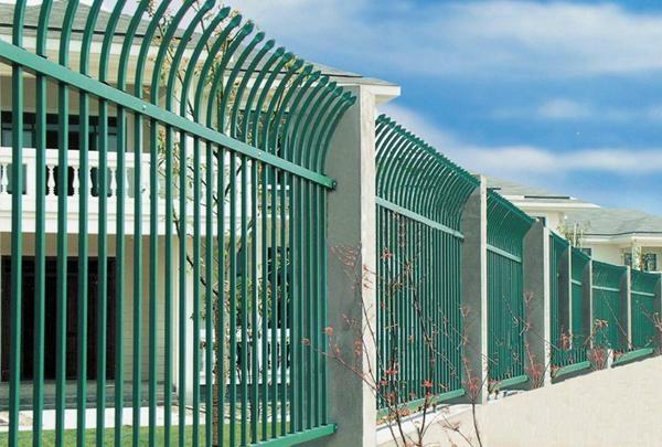 大量供应单向弯头铁艺护栏 1