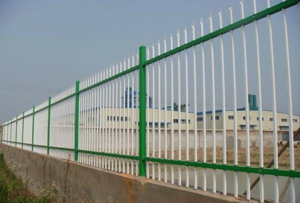 供应双横梁护栏 2