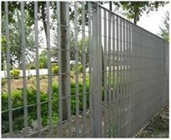 供应钢格板围栏