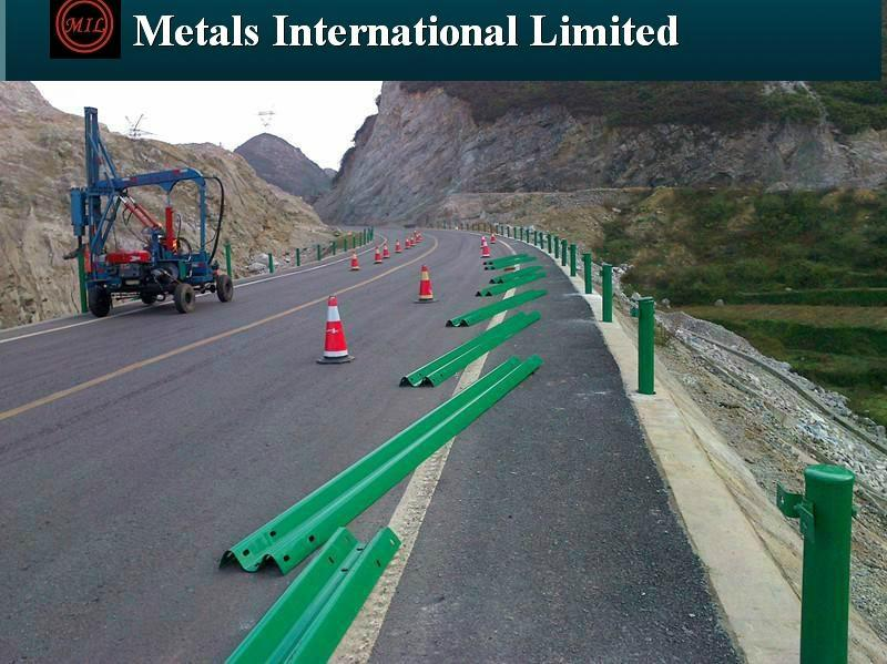 AASHTO-M180,  RG620, ASTM A653/A653M Hot Dipped Galvanized Highway Guardrails 13