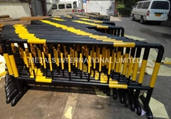 safety barrier,crash barrier,BOLLARDS,Billboards