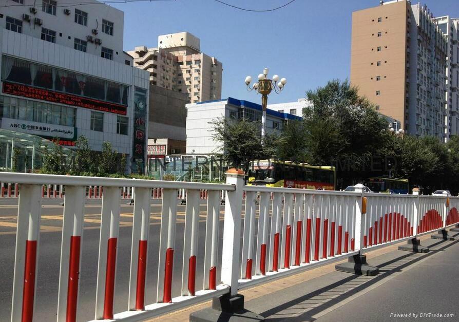 防眩光道路隔離護欄