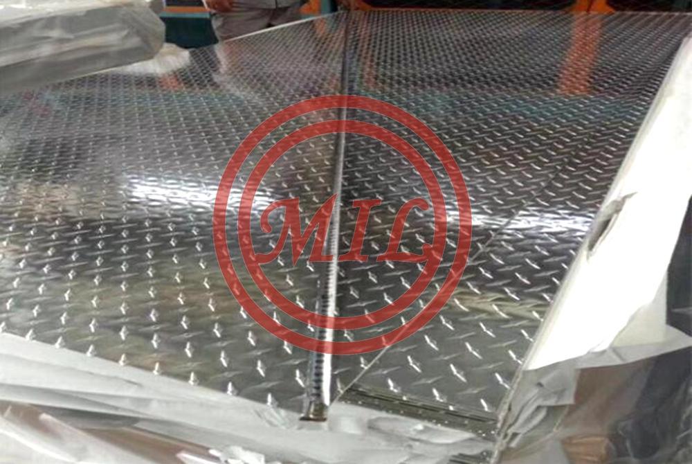 Anti Slip 6061 5 Bar Tread Plate Aluminum Plate 5 Bar Pattern Sizes 4x1200x2500mm