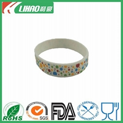 Hot sale fashion silicone charm bracelet