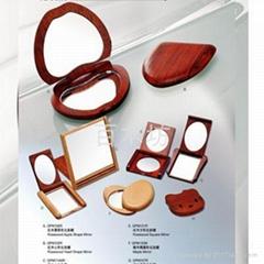 木製化妝鏡