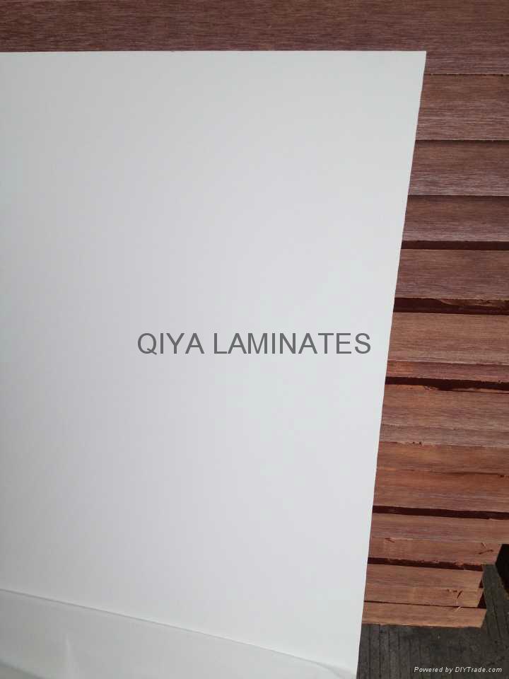 Glass-epoxy laminates with white color 2